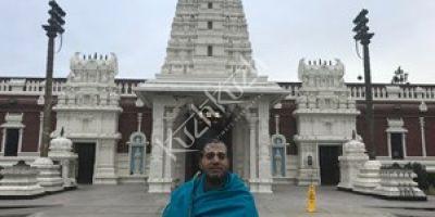 Hindu Temple Priest Krishna Moorthy
