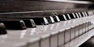 Simer Bhatia Piano Lessons